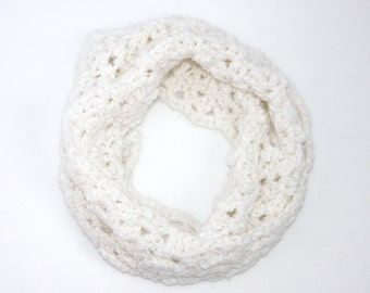 Ready Made•Child Small•Crochet White Infinity Scarf