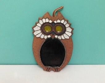 Vintage Victoria Littlejohn Stoneware Owl Wall Plaque / Tile / Trivet