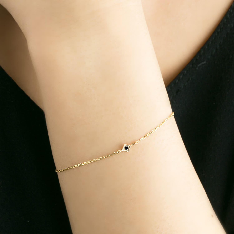 14k Gold star black diamond chain bracelet tiny star