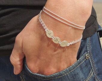 Initial disc bracelet  Personalized bracelet Mother bracelet Personalized Initial jewelry Letter bracelet Monogram bracelet Mom jewelry