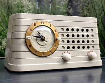 Mid Century clock radio - Telechron Musalarm - Vintage alarm clock radio 1946 or 48