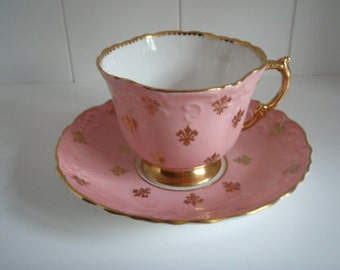Vintage Aynsley Salmon, Pink, Tea Cup and Saucer with Gold Fleur de lis Pattern, Antique Tea Cup and Saucer