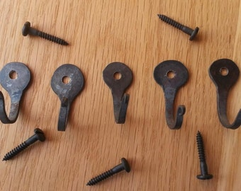 set of 5 horse shoe nail hooks, hand forged by blacksmith, decorative screws included