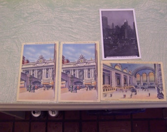Four vintage Curteich linen black and white New York City Grand Central Manhattan Central Park postcards