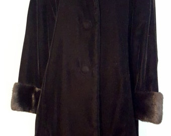 Vintage 1960's Black Velvet Mink Trim Coat by Lilli  Ann