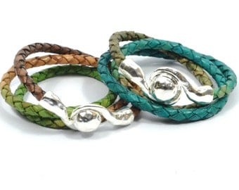 multicolor boho bracelet, women braided bracelet, multicolor leather bracelet, triple wrap bracelet, women gifts, mom gifts, magnetic clasp