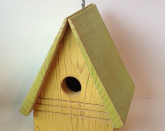 Birdhouse - Functional Bird House - Rustic Birdhouse - Wren House - Cedar Wood Birdhouse - Wooden Birdhouse - Rustic