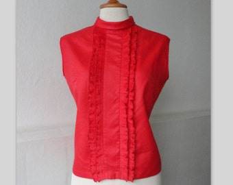Red 60s Vintage Blouse With Ruffles // High-Necked // Size M