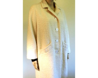 Vintage 1960's Wool Blend Boucle Cream Color Spring Coat Side Slant Pockets Beautifully Lined From Chaffee's Dept Store Approx Size Med/Lg