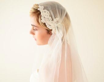 Lace veil, Juliet Cap Veil, wedding veil, Juliet veil, Kate Moss veil, tulle veil, 1920s veil, boho veil, bohemian veil, vintage veil