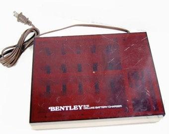 Vintage Bentley B-15 Deluxe Rechargeable  Battery Charger AAA AA 6 9