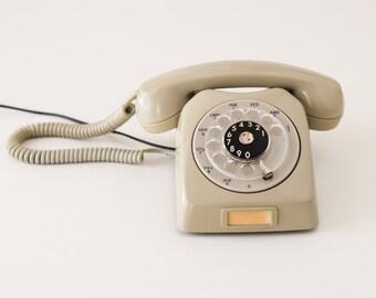 Vintage rotary phone - Grey telephone - Vintage telephone - GNT-automatic