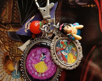 Snow White - Key Ring - Key Chain - Jewel Bag - Red Apple - Disney Princess - Someday My Prince Will Come - FairyTale
