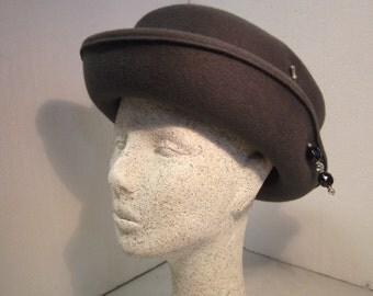 an elegant hat, fur felt, anthracite, with brim, hat pin, vintage by himmeldurchnadeloehr