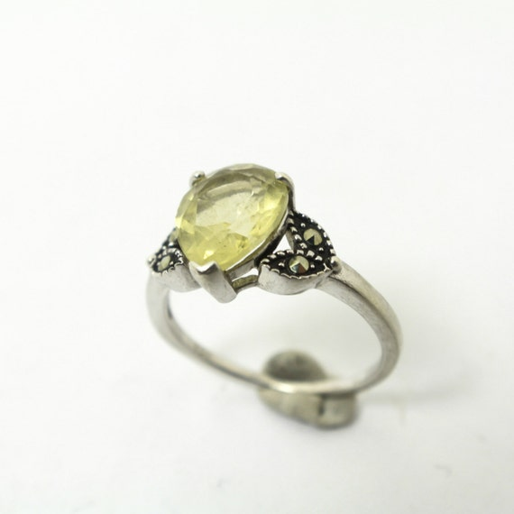 pale yellow beryl gemstone marcasite and sterling silver ring