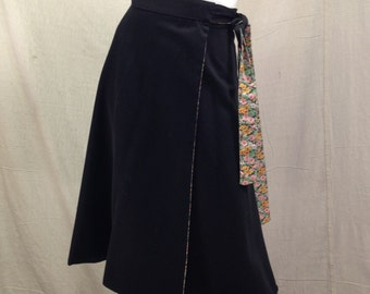Reversible Wrap Skirt Boho Hipster Style Floral Black // Cotton Tied Skirt O/S One Size Fits Most