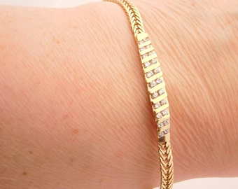 0.50 Carat Total Weight Ladies Round Cut Diamond Bracelet Yellow Gold 14K
