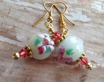 Beaded Dangle Earrings, Lampwork Beaded Earrings, Lampwork Earrings, Pink Flower Earrings, Gift For Her, Dangle Earrings, Glass Earrings