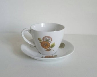 Alfred Meakin Glo White Cup and Saucer in the Daydream Pattern