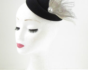 Black Grey Silver Feather Pillbox Fascinator Hat Races Vintage Hair Clip 40s 143