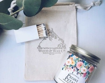 PEONY PETALS Wood Wick Soy Candle | 9 Ounces