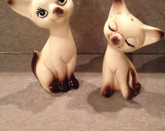 Vintage Ceramic Siamese Cats Japan Salt And Pepper Shakers