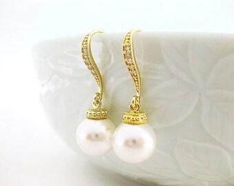 Bridal Pearl Earrings Swarovski 10mm Round Pearl Earrings Gold Earrings Wedding Jewelry Bridesmaid Gift (E005)