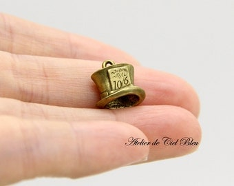 Hat Charm, Mad Hatter, Antique Bronze Hat Charm, Mini Hat Charm, Alice in Wonderland Mad Hatter Charm, Alice Charm
