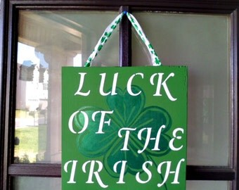St. Patrick's Day Decor, St. Patty's Day Sign, Wood Sign, Holiday Decor, 4 Leaf Clover, Shamrocks, Luck of the Irish, Green, Clovers, Decor