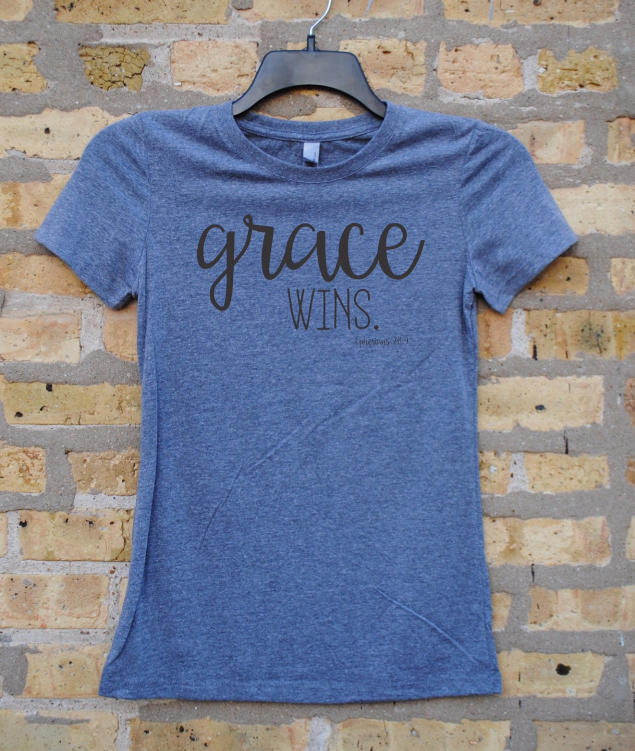 Grace Wins Ephesians 2 8 9 Women S T Shirt Gray With
