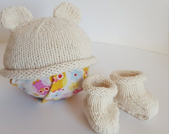 Hand Knit Organic Cotton Baby Hat & Booties Set. MADE TO ORDER. Baby Hat. Baby Booties. Baby Gift. Newborn Photo Props. Newborn, 3, 6 Months