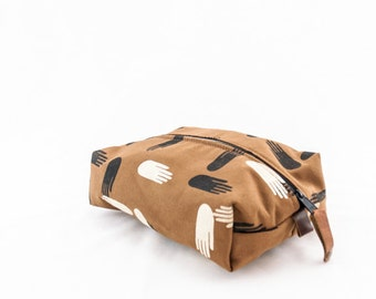 SALE! Large Dopp Bag—Las Manos Print