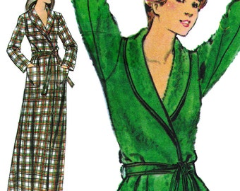 Cozy Women's Bathrobe! Vintage 1970s Butterick Sewing Pattern 5165, Misses' Robe, Size 10, Uncut with Factory Folds