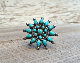 "Vintage 1-1/4"" Zuni petit point flower cluster brooch with old blue turquoise and silver, Native American Indian old pawn jewelry pin"
