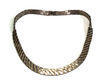"""60s Mod 18"""" Silver Textured Brick Link Necklace in Chain Link Design & Fold Over Box Clasp - Vintage 60's Metal Necklaces Costume Jewelry"""