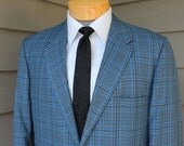 vintage 1960's -Penneys- Men's Trad 2 button 'sack' sport coat. Grid plaid in Blues & Gray - Summer weight. Size 42-44 Reg