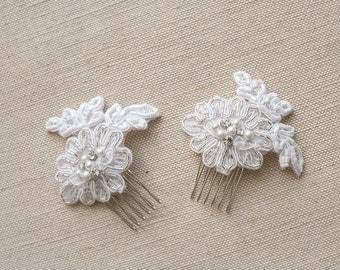 Bridal Lace Combs Set Bridal Headpiece Lace Wedding Hair Accessories Bridal Lace Fascinators White Beaded Combs Vintage Wedding Hairpiece