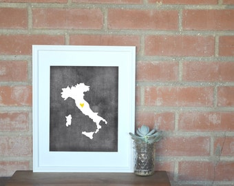 Italy Chalkboard Country Map. Italy Personalized Map. Wedding Map Art. Wedding Gift. Housewarming Gift. Art Print 8x10.