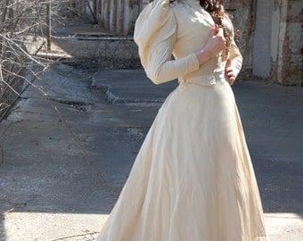 Victorian wedding dress, train, ivory cream silk, antique XXS