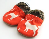hunting baby shoes real tree camo hunting baby booties deer shoes orange and green camo hunting shoes baby boy shoes soft sole shoes bucks
