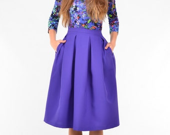 Blue purple knee length skirt with pockets and pleats