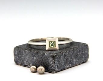 14k White Gold Green Sapphire Ring | Handmade solid 14k white gold ring set with princess cut  green sapphire
