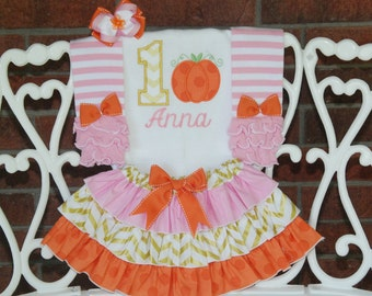 4 pc. Pumpkin Birthday Outfit! *Pumpkin Glam* Girls birthday outfit with applique top, ruffle skirt, leg warmers, and hair bow!