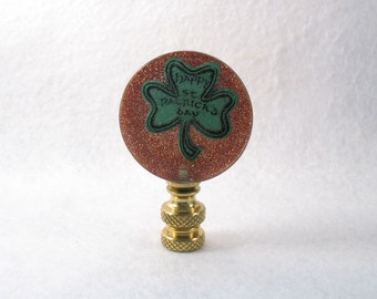 St. Patrick's Day Lamp Finial Green Shamrock and Glitter Gold (Sp2)