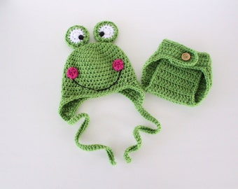 Newborn Frog Hat and Diaper Cover, Baby Frog Outfit, Photography Prop, Baby Shower Gift, First Baby Photos New Mom Gift