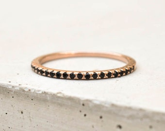 Thin 1.4mm Eternity Band Ring - Rose Gold with Black Stones