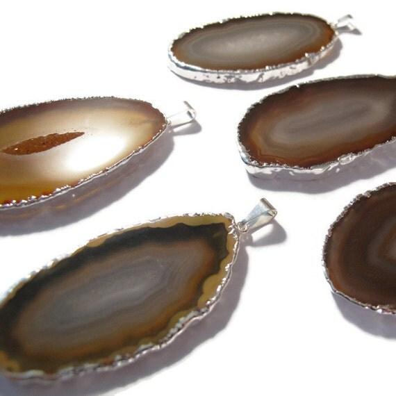 One Brown Gemstone Pendant, Silver Plated Quartz Charm, Natural Honey Brown Agate Slice, Bezel Set Gemstone (C-Ag23)