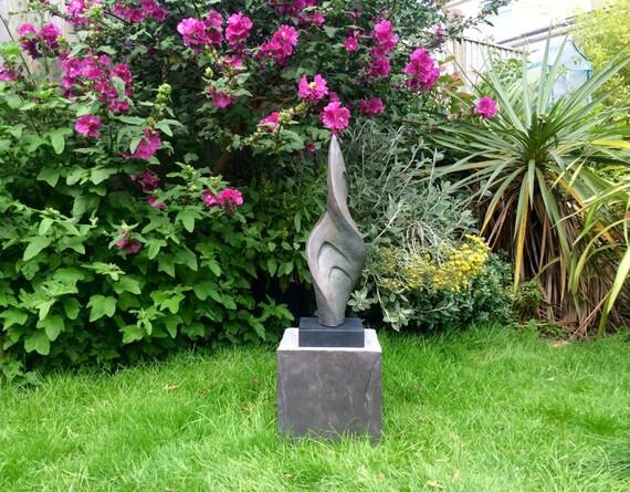 Twist, Garden sculpture, Indoor sculpture, contemporary sculpture, modern, abstract, Bronze sculpture, Garden art, Kara Sanches