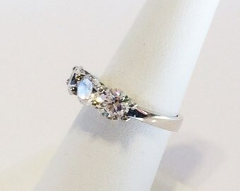 Size 7 Sterling Silver And 3 - 1ct Round Cubic Zirconia's Ring