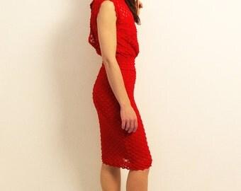 Red dress, red pencil dress, Red conical dress, low back dress, long sleeve dress, open-back dress, midi dress, elegant dress, casual dress